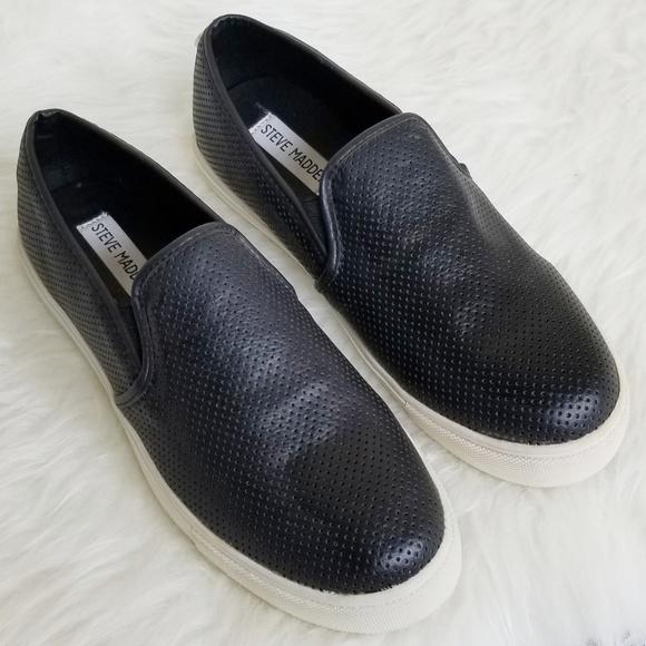 b1209d62766 Steve Madden • Everest Slip On Sneaker Loafer 7.5.  M 5be3a5fd45c8b381e7214841